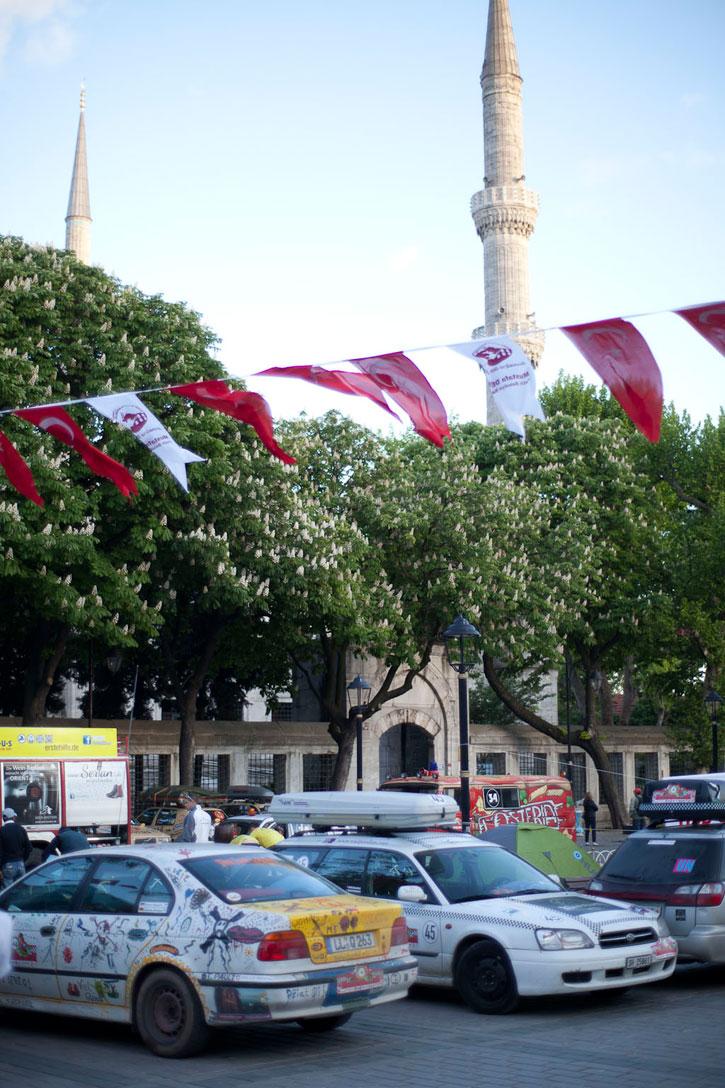 Vor der blauen Moschee