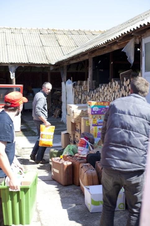 Abgabe der Hilfsgüter